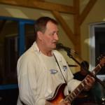 Verwundbarer Musiker und Tättowierer